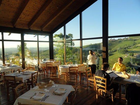 Annexe photo de trattoria nelle vigne diano d 39 alba for Alba cuisine italienne