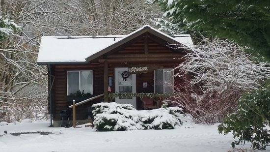 Concrete, واشنطن: Cabin day 2 (LOL)