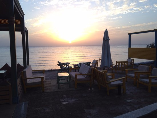 Shams Hotel: Sunrise view from the restaurant