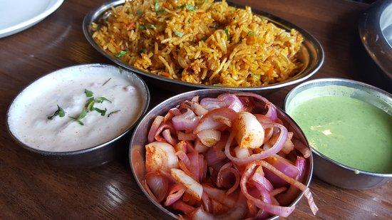Sher-e-Punjab: Chicken Biryani