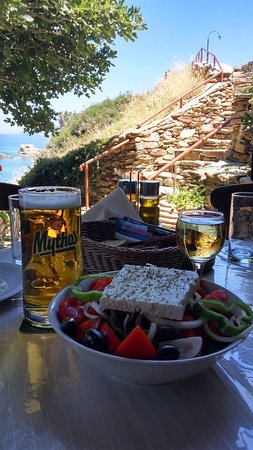 Taverna Karavostasi
