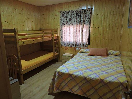 Bungalow De 2 Habitaciones Habitación Con 1 Cama De Matrimonio 1