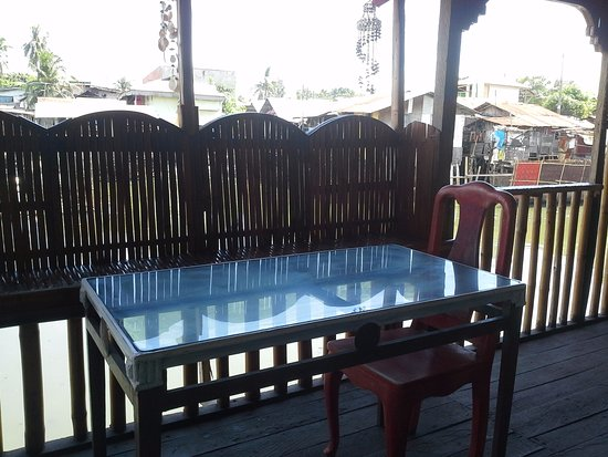 Rjc Bamboo Resto Bar And Village