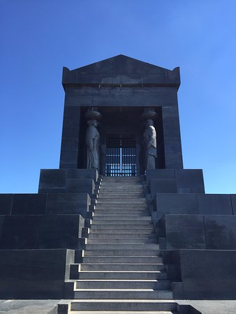 Mountain Avala: Tomb of the Unknown Soldier