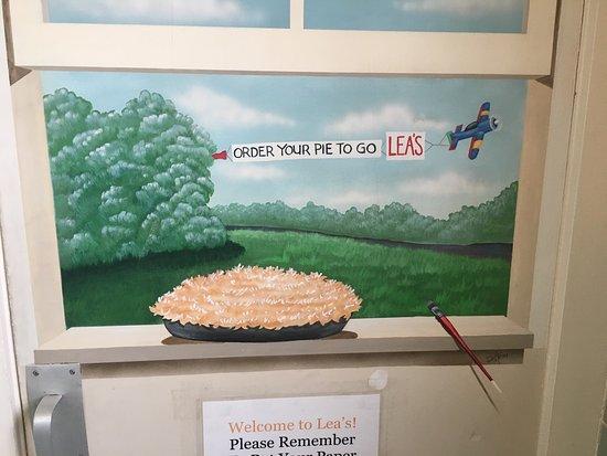 Lea's Lunchroom: photo6.jpg