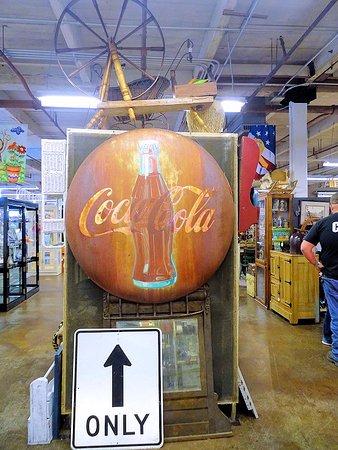 Weldon, NC: antiques