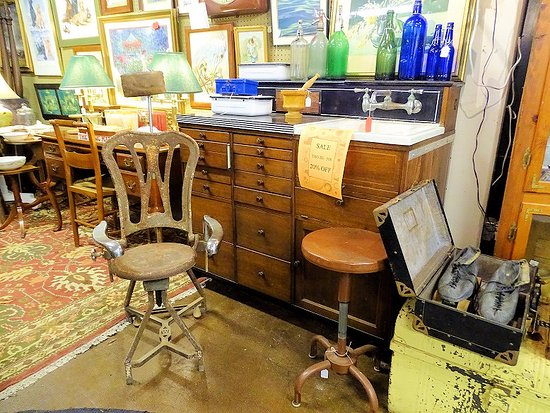 Weldon, Karolina Północna: antiques