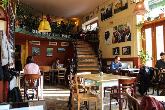 cafe csiga budapest restaurant reviews phone number photos
