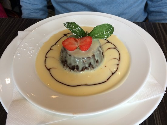 grand hotel christmas pudding with rum sauce