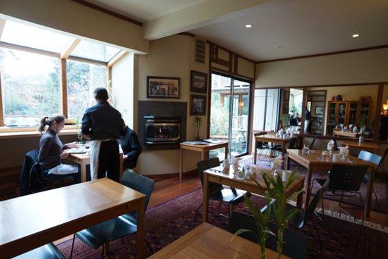 Ashland Creek Inn Picture