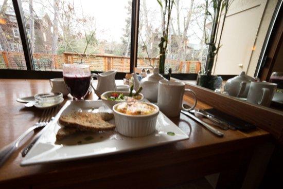 Ashland Creek Inn Photo