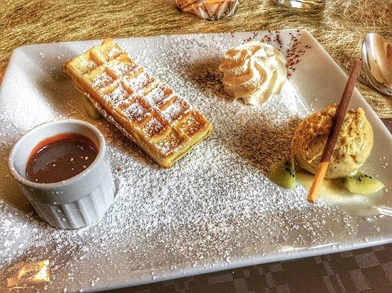 Le Bruchrhein : Dessert (gauffre, chocolat chaud, chantilly, glace...)