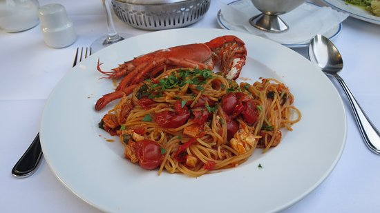 Zeppelino`S: lobster pasta in a delectable tomato sauce.The flavours were exqusite an dwell brought out while