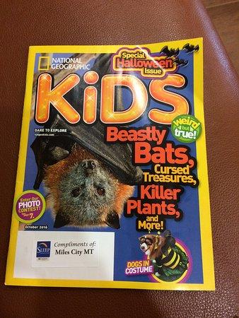 Sleep Inn & Suites : complimentary kids magazine