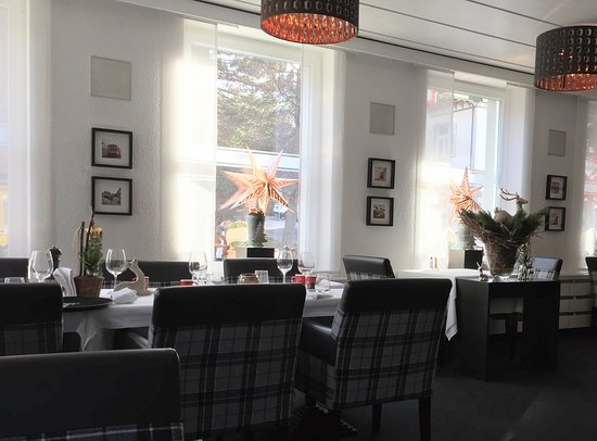 Restaurant Landhaus Santis: Speiserestaurant im Landhaus Herisau