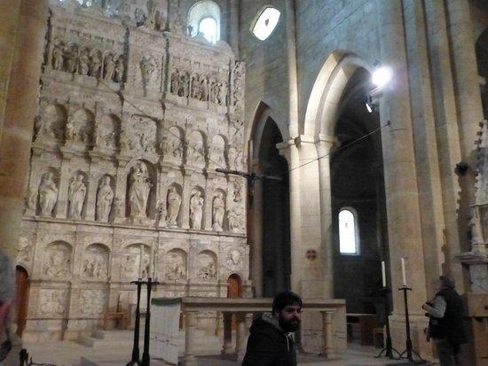 Vallbona De Les Monges, Spagna: Church