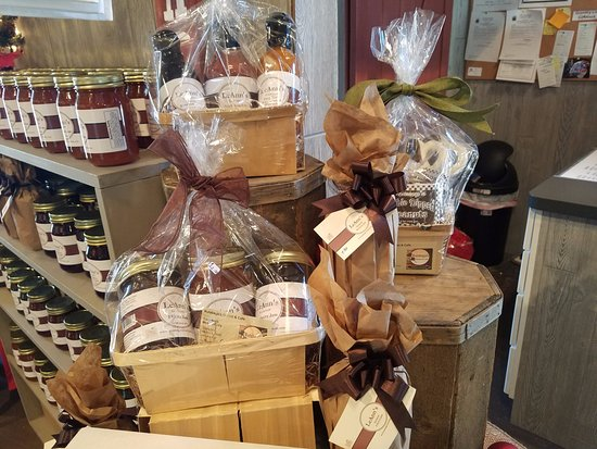 Hampton, Georgien: Gift boxes and more