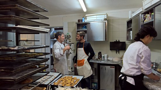 Peccioli, Italy: Andrea and Luca in the Kitchen