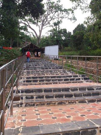 Namakkal, الهند: Steps leading to Ettukai Amman Temple