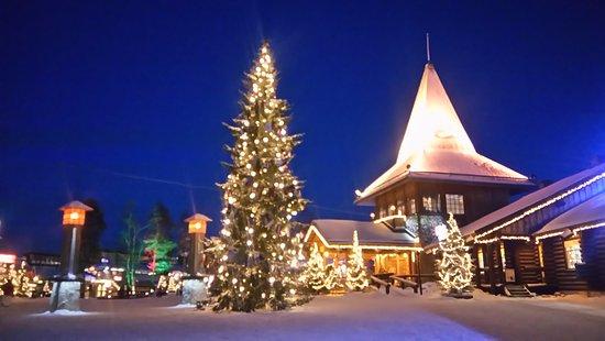 lapland finland rovaniemi santa claus village