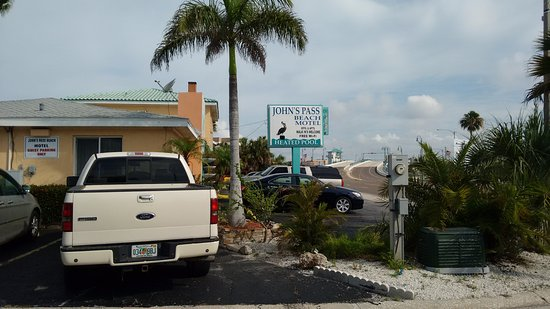 John's Pass Beach Motel: parking sin cargo adicional