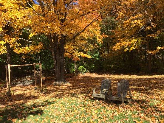 Ridgefield, CT: The splendor of fall at the inn