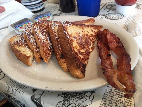 Port Royal, VA: French toast with bacon