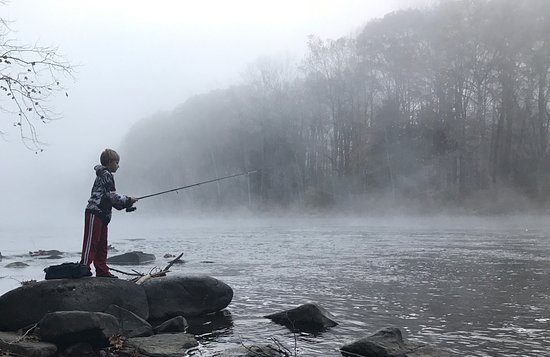 Confluence, PA: Morning fishing from property