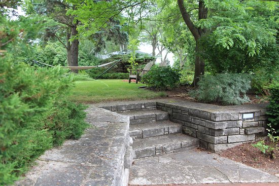 Mount Horeb, WI: Out door spaces