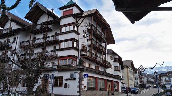 Hotel Dolomiti Madonna: IMG_20161211_094118_large.jpg