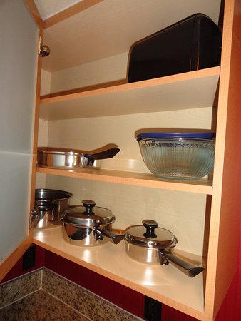 Pots & pans provided in kitchen Picture of Residence Inn