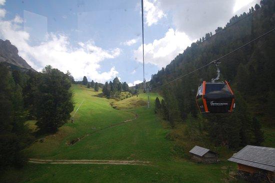 Selva di Val Gardena, Italia: lungo il tragitto
