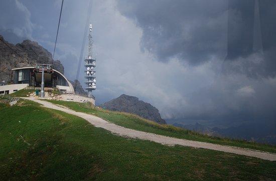 Selva di Val Gardena, Italia: la stazione a monte