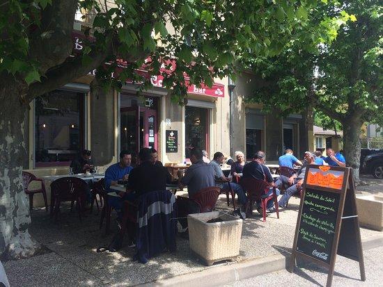 Miribel, فرنسا: La terrasse
