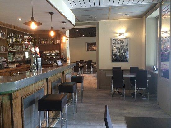 Miribel, فرنسا: La salle de restaurant