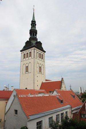 Danish King's Garden (Taani Kuninga) : Церковь Нигулисте из Сада датского короля.