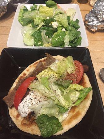 Altoona, Πενσυλβάνια: Gyro from Athenian Cafe (yummy)