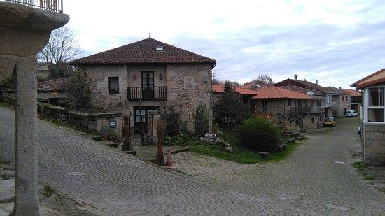 Augas Santas, Spania: Casa y pueblo