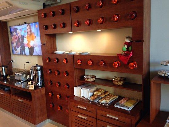 Hotel Jesús María: Desayuno buffet...