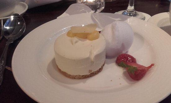 O'Callaghan Davenport Hotel: Tantalising Cheesecake....