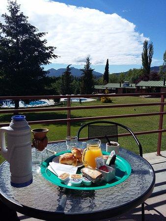 Cabanas Andinas: Desayuno ( mate no incluido)