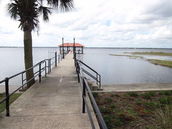 Sebring, FL: the pier