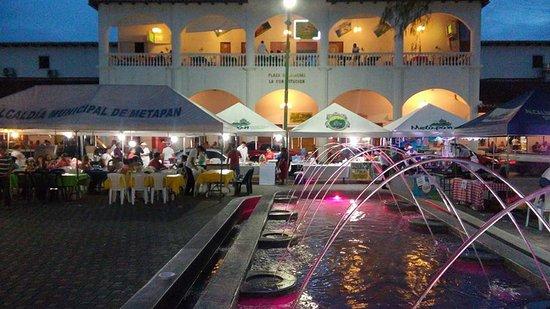 Plaza Central De Metapan