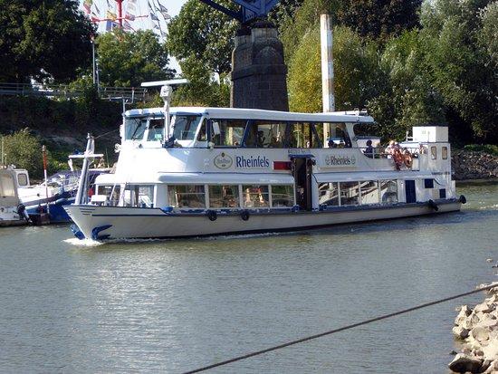 Ruhrorter Schiffahrtsgesellschaft