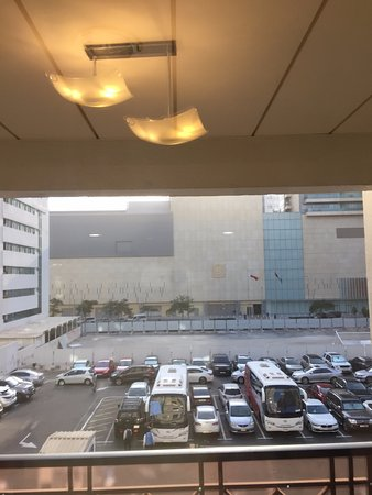 Rose Garden Hotel Apartments - Bur Dubai: view from the room