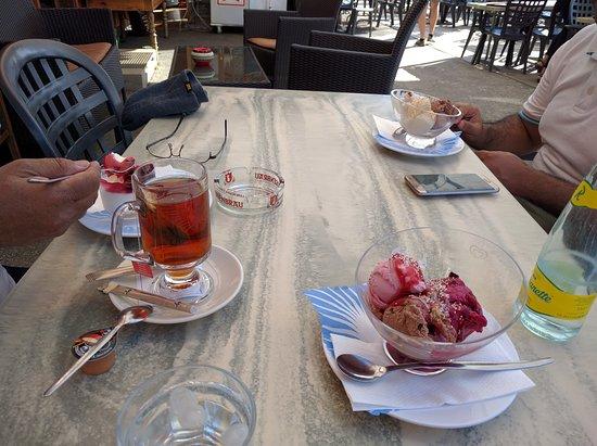 Grindelwald, Switzerland: الايسكريم كان لذيذ
