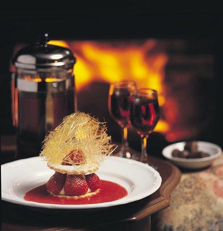 Elizans Wine and Mezze Bar: Dessert & Wine