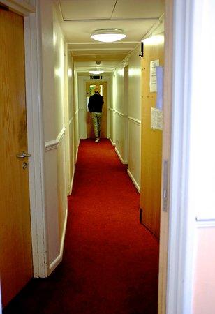 Bath YMCA: Corridor