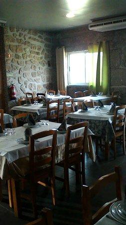 Interior - Picture of Restaurante Retiro das Oliveiras, Guimaraes - Tripadvisor