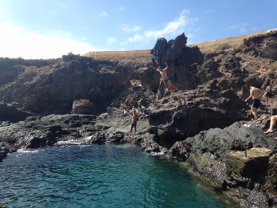 Piscinas naturales los abrigos spanien omd men for Piscina natural tenerife